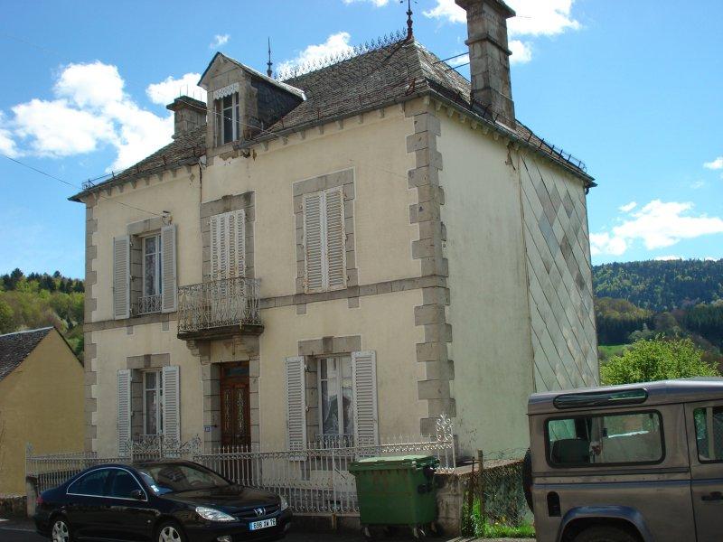 Vente maison d 39 habitation condat for Vente habitation